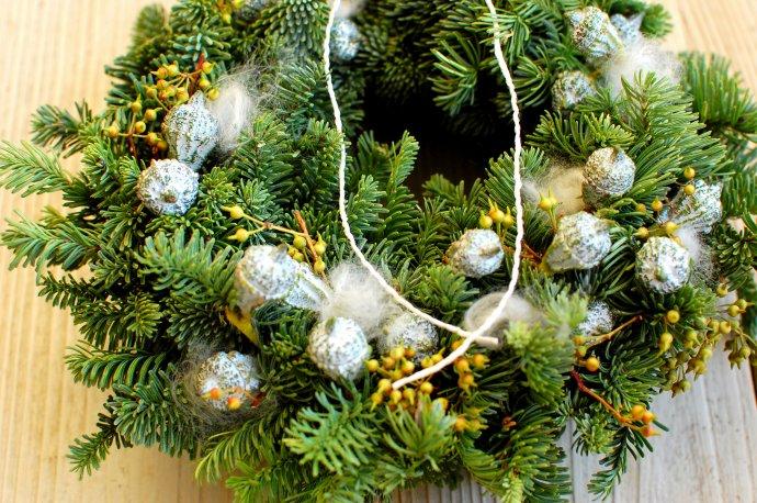 ひと葉のクリスマスウィーク「シルバーグリーンのクリスマスリースのWS」 @ atelierひと葉
